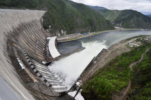 Братская ГЭС