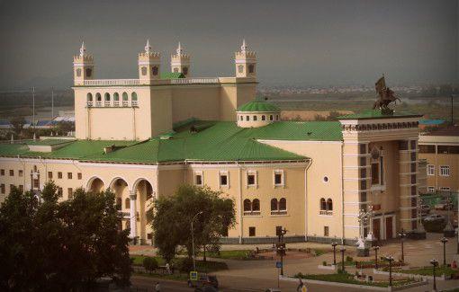 Бурятский театр оперы и балета в Улан-Удэ
