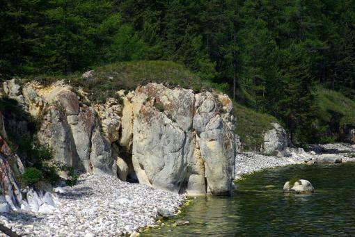 Скала Слон на Большом Ушканьем острове