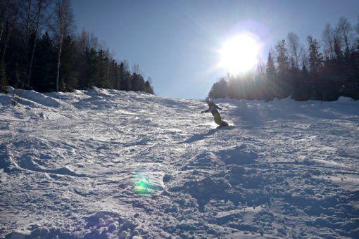 """Горнолыжный курорт """"Гора Соболиная"""" Источник: snowboard-camp.ru"""
