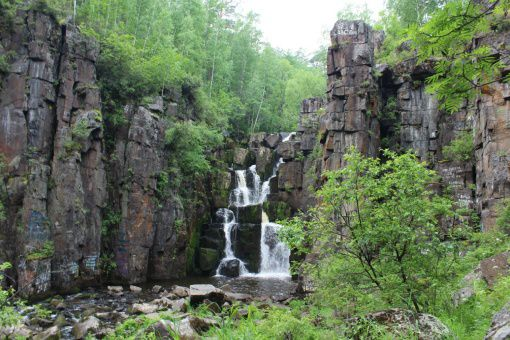 Уковский водопад, Иркутская область, фото