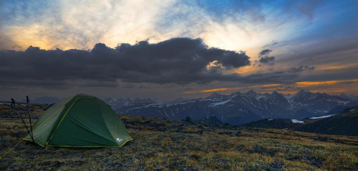 Это Север Забайкалья Горы — Кодар  В России нереально красивая природа  Фото: Мишаков Анатолий