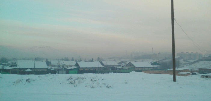 Город Шагаан-Арыг. Республика Тыва. Утро 21 февраля.   фото: Сайдаш Бахуле