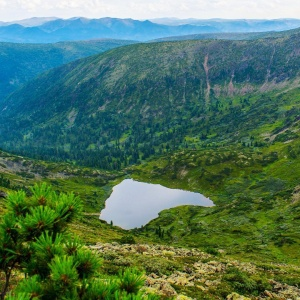 пик Черского, озеро Сердце, Фото