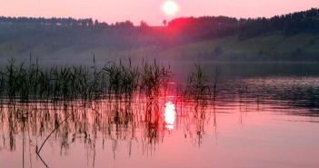 Иркутская обл. Саха. Закаты в Сибири.   фото: Сергей Хальзов