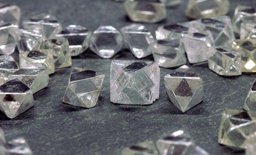 Добытые алмазы