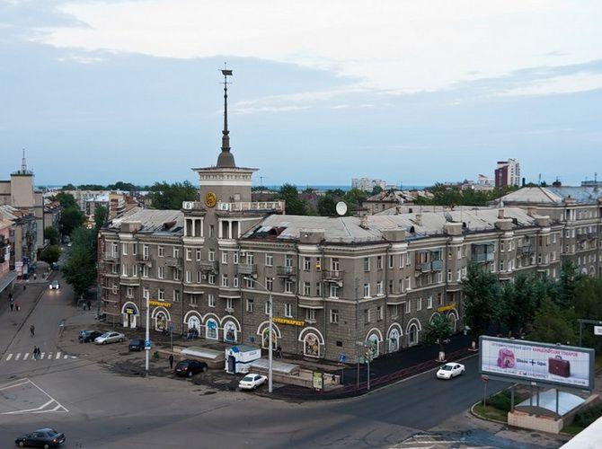 Дом под шпилем. Барнаул