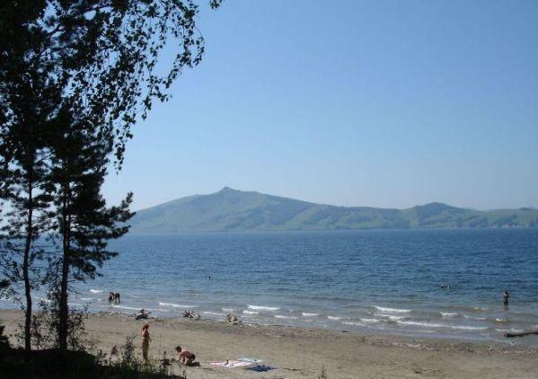 берег Красноярского моря