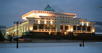 Национальный драматический театр имени П.Кучияк