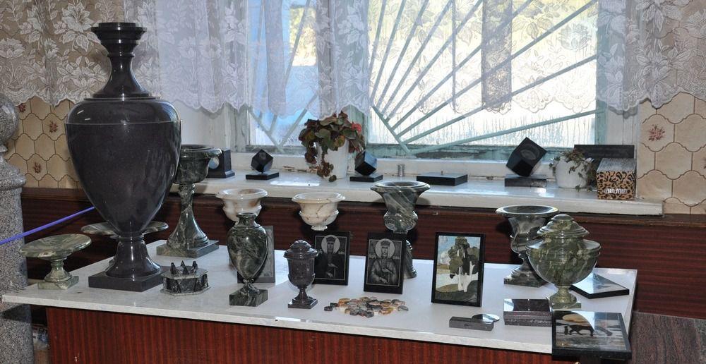 Изделия Колыванского завода Источник: www.alttur22.ru