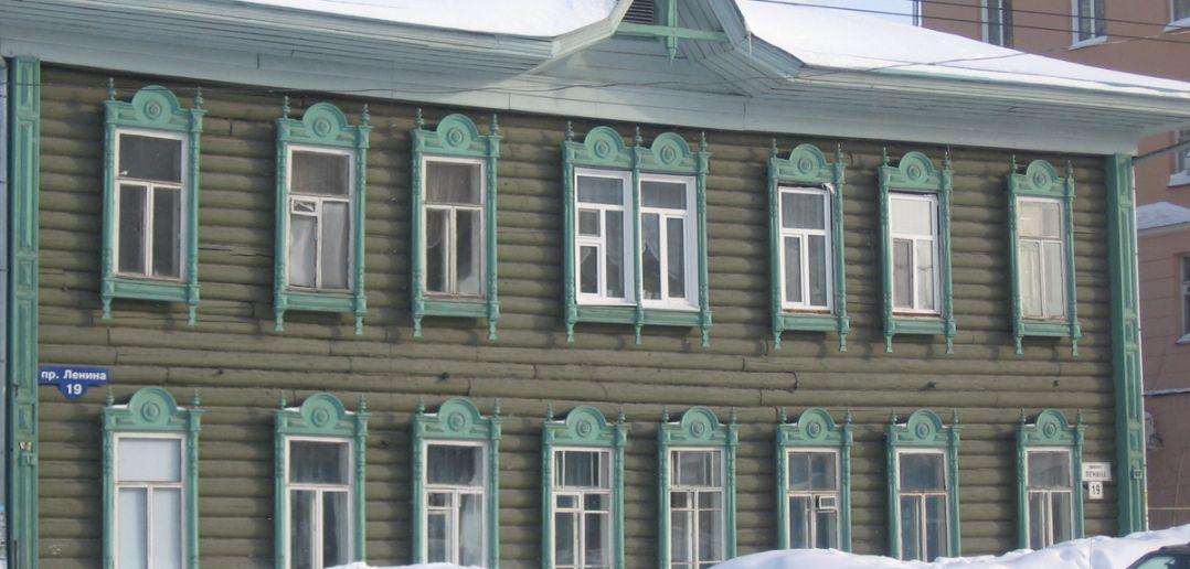 Деревянное зодчество Источник: http://stage1.10russia.ru/sights/5/104
