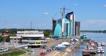Барнаульский речной порт. Вид с нового моста через Обь