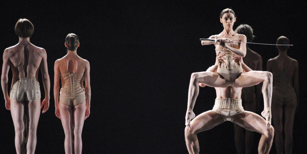 Балет  Иржи Килиана: «Маленькая смерть» Источник:http://www.belcanto.ru/12112901.html