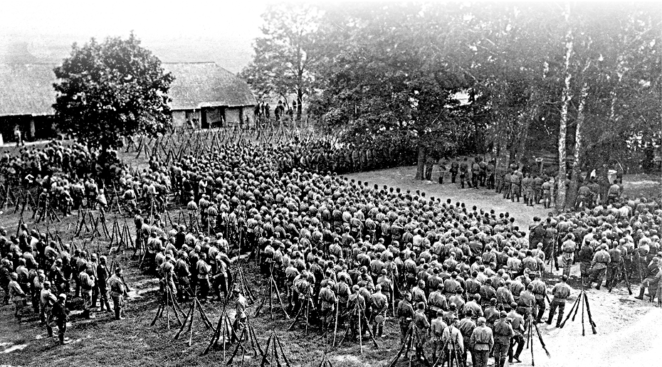 31 сибирский стрелковый полк на позициях в день полкового праздника 1 июня 1916 года Источник:http://www.krsk.aif.ru/society/1312272