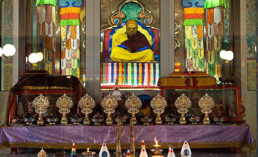 нетленное тело XII Пандито Хамбо Ламы Даши-Доржо Итигэлова
