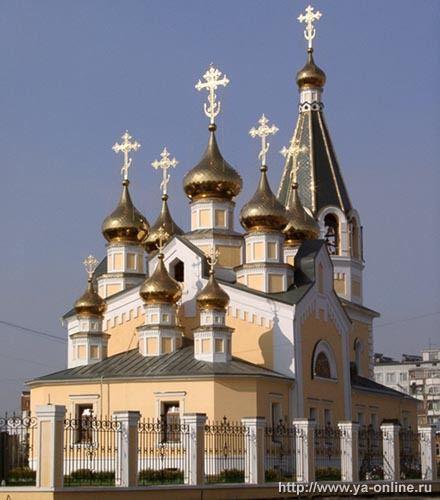 Градоякутская Спасо-Преображенская церковь Источник:http://russian-church.ru/viewpage.php?cat=yakutia&page=3