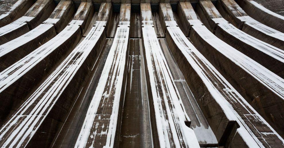 Эксплуатационный водосброс Саяно-Шушенской ГЭС