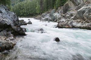 Девичьи плесы. Река Кумир. Горный Алтай.