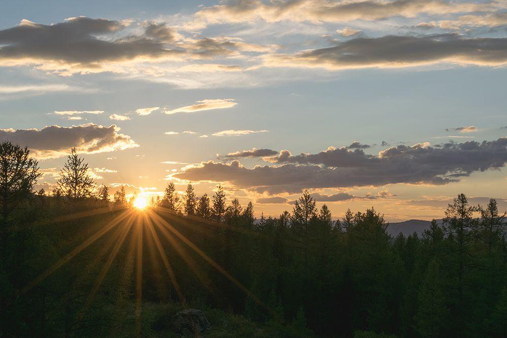 Закат на Перевалке. Республика Алтай.