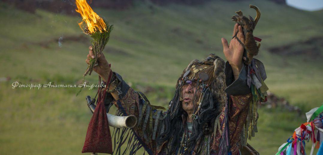 Тувинский шаман, Сундуки, Хакасия, Фото