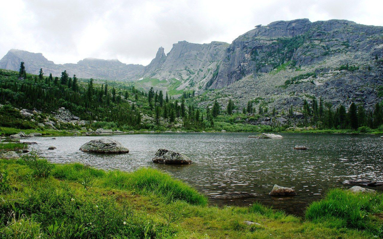 Озеро Радужное, Ергаки, фото