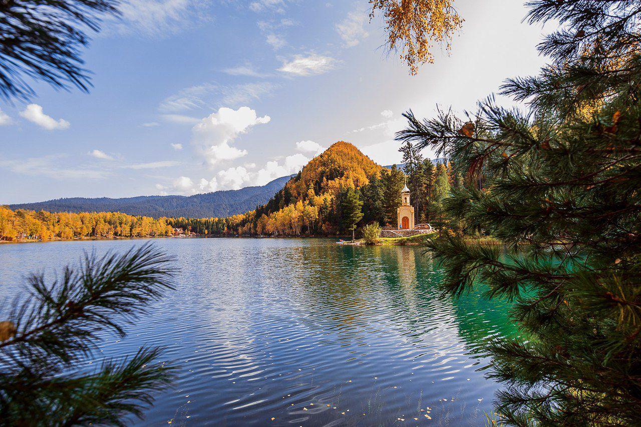 Изумрудное озеро, Иркутской области, Бурятией, Фото