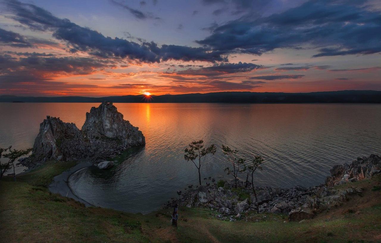 Озеро Байкал, остров Ольхон, мыс Бурхан, скала Шаманка, Фото