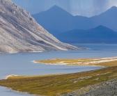 Горная пустыня…  Хребет Черского, долина реки Чибагалах, Республика Якутия.   Фото: Кирилл Уютнов
