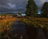 Вечер в сибирской деревне.  Село Заречье, Кабанский район, Республика Бурятия.   Фото: Виктор Перякин