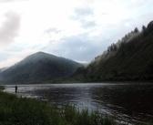 Последождевые туманы. На берегу реки Томь, г. Междуреченск.   фото: Максим Токарев