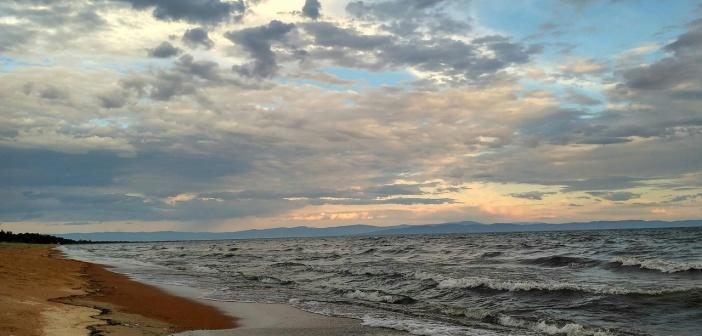 Баргузинский залив 25.07.17   фото: Валентин Ценёв
