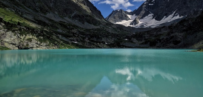 Озеро и водопад Куйгук   фото: Kseny Bychenkova