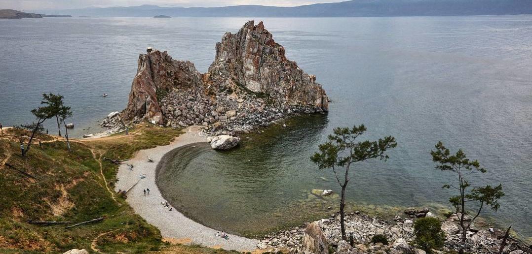 Скала Шаманка, мыс Бурхан, Ольхон, Байкала, Фото