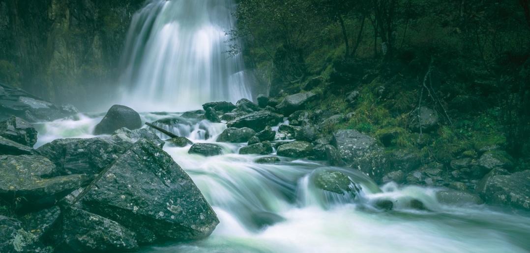 Водопад Корбу, Телецкое, Алтай, фото
