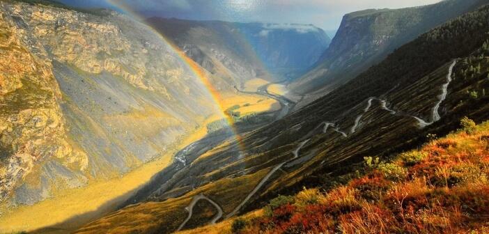 Горный Алтай, перевал Кату-Ярык Долина реки Чулышман   фото: Вадим Горичев
