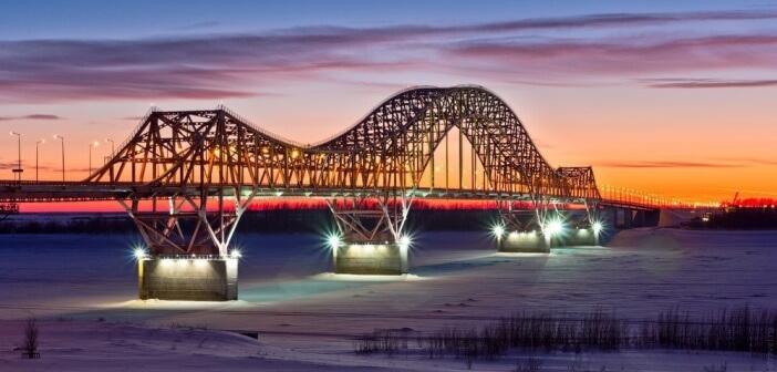 Дорога в оранжевый закат…  Ханты-Мансийский автономный округ.