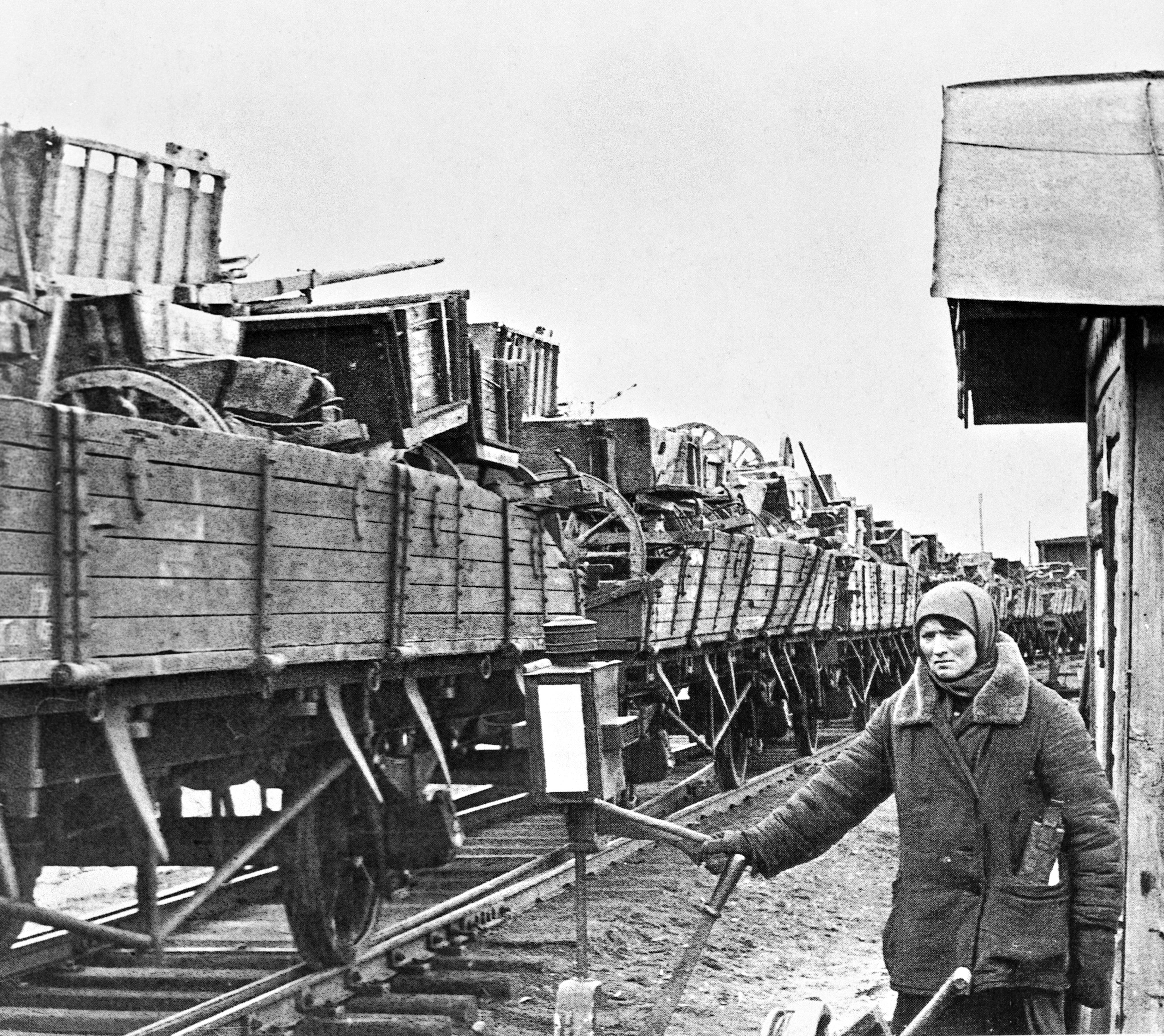 Эвакуация хозяйственного имущества за Урал