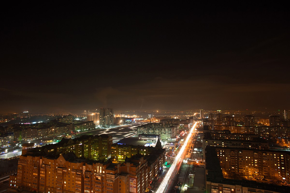Ночной Красноярск с высоты.