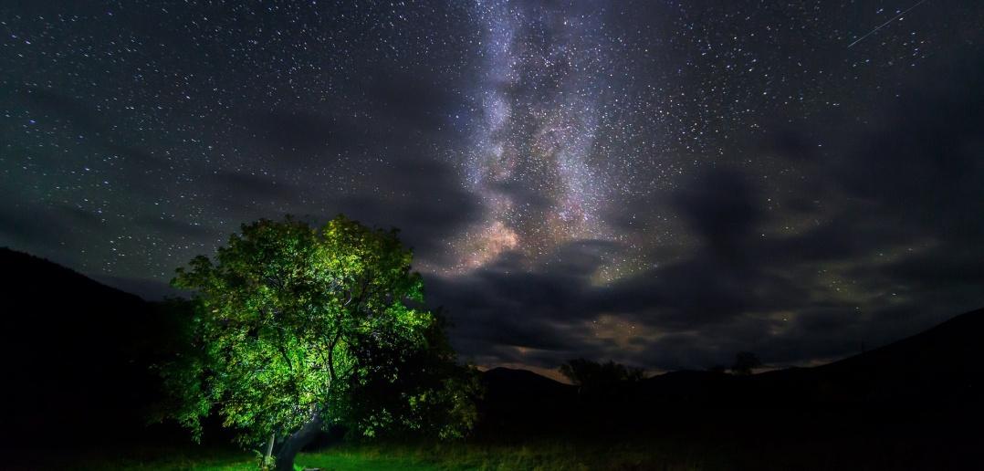 Ночное небо над Тигиреком.